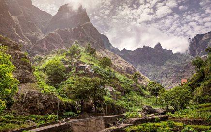 Предстоящи-прояви-(Крит,-Черна-гора,-Пирин,-Кабо-Верде,-зимни-и-календар-2019)